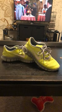 Lime Green Nikes Size 5.5Y Johnson City, 37604