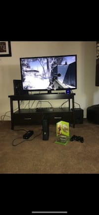 Xbox 360 with 2games Roseville, 95678