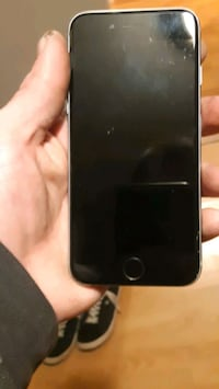Unlocked i phone 6 mint shape