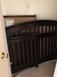 Crib - in centreville. Decent shape. Come and grab it.   Centreville