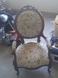 Antique Chair in great shape Vancouver, 98682