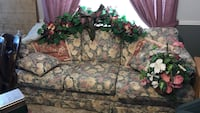multicolored floral 3-seat couch Royse City, 75189