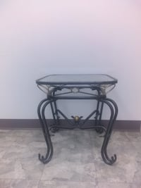 beautiful end tables we have about 6 of these price will go down if you buy more then 1