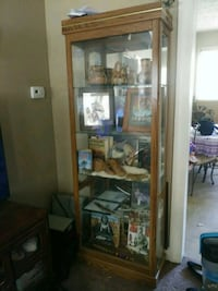 Wood and glass display case Hopkinsville