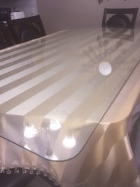 Table tempered glass Calgary, T3J 5H9
