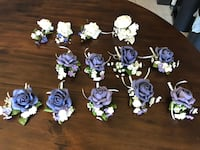 boutonniere null