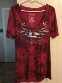 red v-neck Archair t-shirt Gun Barrel City, 75156