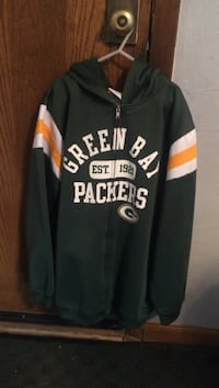 Size YOUTH XL Green Bay Packer Hoodie West Allis, 53214