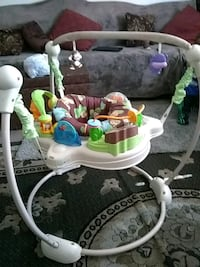 baby's white and green jumperoo Salinas, 93905