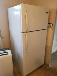 Wow amazing fridge 30 inches wide