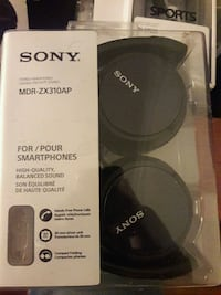 Brand new. Sony MDR ZX310AP SMARTPHONE HEADSET