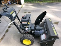 brute snow blower 29 inch powered chute heated grips 3 season's used Des Moines, 50317