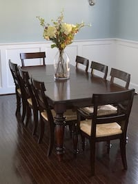 Dining Room Table + 8 Chairs Alexandria, 22314