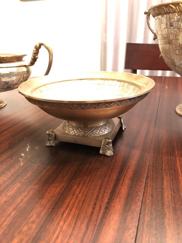 Ancient Style Sparkling Golden metallic Bowls (50 for each or 45each if you take all 3) 9316810c-a917-4e7c-b565-49bf662978f1