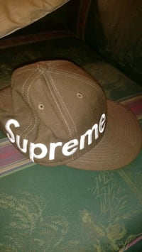 Supreme Fitted 7 5/8ths London, N5Y 1G6