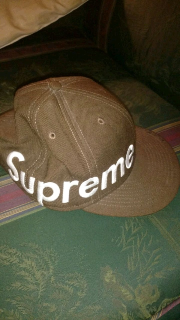 Supreme Side Logo Fitted 7 5/8