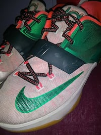 black-green-and-white Nike Kevin Durant shoes Laurinburg, 28352