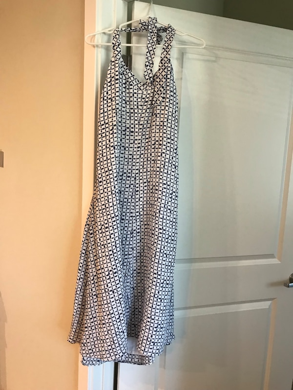 Vineyard Vines Halter Dress (size 2)