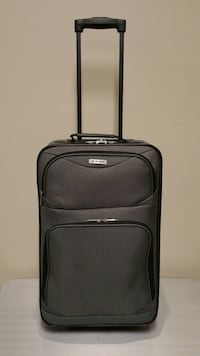 THREE (3) Pieces CARRY-ON LUGGAGE (2 @$20; 1 @$15). Arlington, 22204