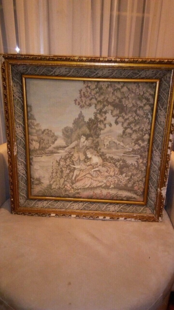Vintage large antiuqes tapestry size 30x30 inches