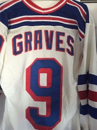 Authentic Graves   CCM mens large originally 250.00  mint condition 267 mi