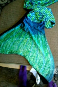 Swimmable costume mermaid tail Los Angeles, 91411