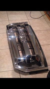 Ford F-150 grille Toronto, M1M 3L9