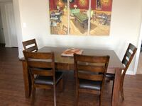 Beautiful wood kitchen table and chairs - Seats 6-8