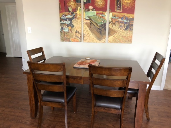 Beautiful wood kitchen table and chairs - Seats 6-8 55902d4c-31ae-47e9-a2ab-dca66de02243