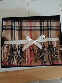 BRAND NEW WOOL/CASHMERE SCARF Thornhill