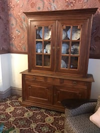 brown wooden china buffet hutch Columbia, 21044