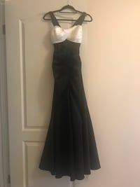 Women's black dress Calgary, T1Y 4X2