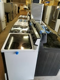 gas or electric Stoves working perfectly very clea