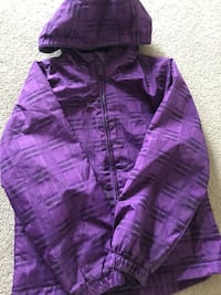 Girls Light Jacket Size 7-8  , L2H 1S7