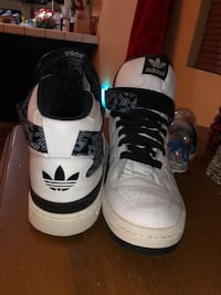 Pair of white-and-black adidas  Cathedral City, 92234