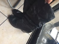 Pair of black leather riding boots Arlington, 76014