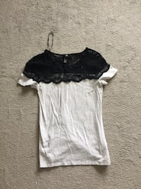 H&M black and white lace neck shirt Waterloo, N2L 5E3
