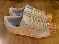 New original adidas Superstar 80S metal toe leather sneaker, size 39 Danderyd, 182 56