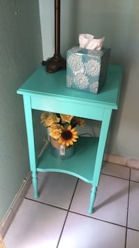 Teal side table  Miami, 33172