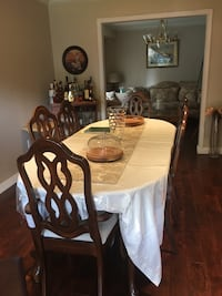 9 Dining room set newly upholstered great condition Ajax, L1S 5L7
