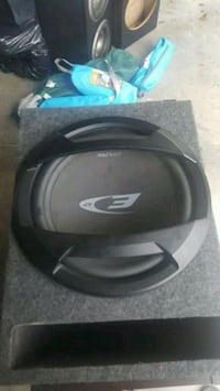 black and gray Bose wireless headphones with case Parrish, 34219