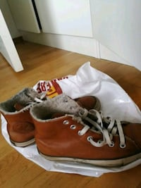 Brune skinnsko, Converse All Star høy-top sneakers Lørenskog, 1473