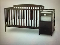 Convertible crib with changer  Peachtree Corners, 30071