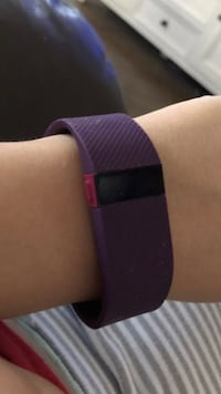FitBit Charge HR wireless fitness activity tracker- Plum Bakersfield, 93312