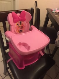 Mini mouse high chair (like new)