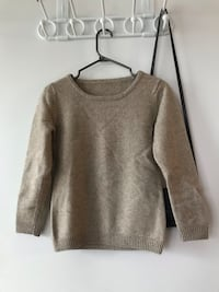 Clothes for sell Toronto, M5J 2A1
