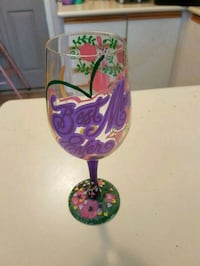 Mothers day Best mom ever glass. Whitby, L1N 8X2