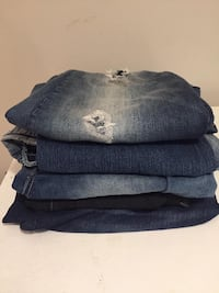 3 Jeans 2 capris 1 shorts  size 18 to 20 , $5 to $10 Toronto