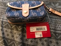 Blue and brown dooney & bourke wristlet Citrus Heights, 95610