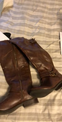 Women's brown leather boots guess brand size 7.5 Bloomington, 61701